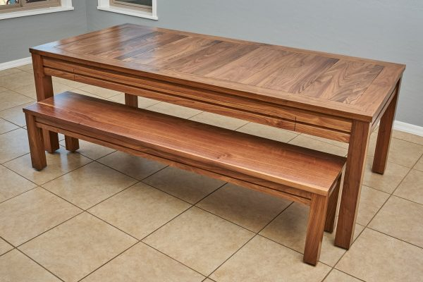 Uniquely Geek custom gaming table the Earl rustic style in game mode custom matching bench customer table dining mode
