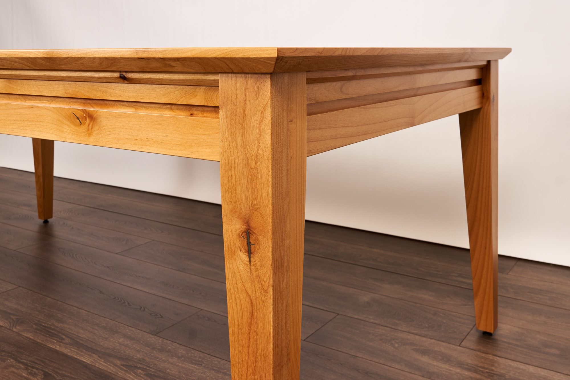 Uniquely Geek Custom Gaming Table The Earl Contemporary Style Customer Table  Gaming Mode Legs