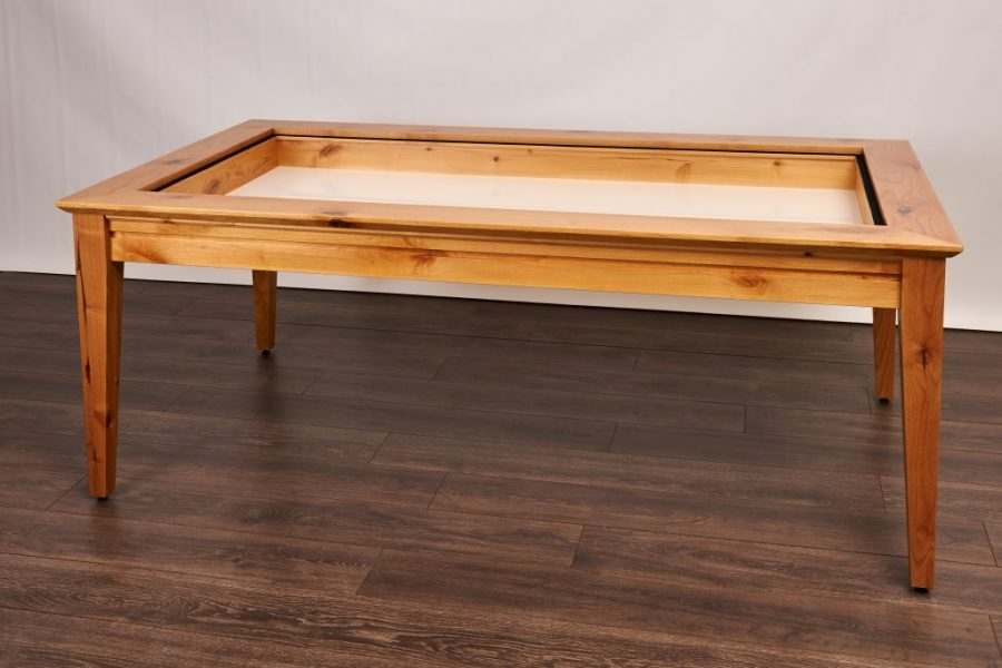 Earl_Contemporary_Knotty Alder_Natural_01