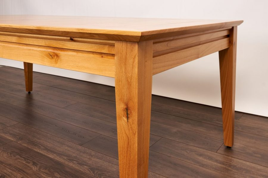 Earl_Contemporary_Knotty Alder_Natural_08